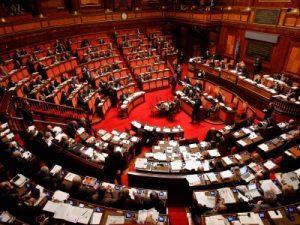 Il Senato chiede l'abolizione totale delle norme sui professionisti contentute nel decreto liberalizzazioni