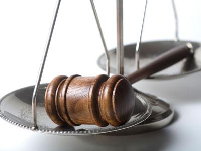 Giustizia civile e svuota carceri, i decreti diventano legge