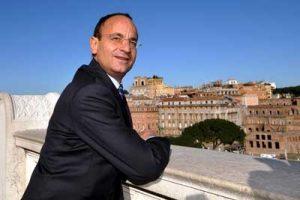 ll Viceministro allo Sviluppo Economico e alle Infrastrutture Mario Ciaccia