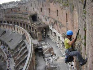 Restauro Colosseo: rinviato il ricorso Codacons