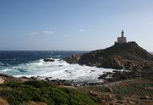 Immobili pubblici, la Sardegna mette in vendita fari e torri