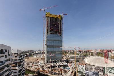 Casseforme e servizi Doka per la Torre Isozaki, fra gli edifici più alti d'Italia