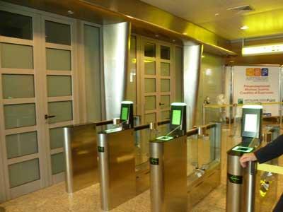 Varchi di sicurezza e barriere controllo accessi a Cagliari con installazioni Gunnebo
