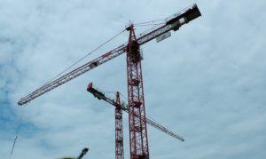 construction-site-cranes-1434751507syP