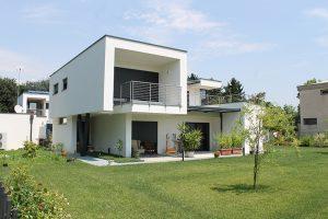 Ville in legno vario haus per due progetti con for Ville bifamiliari moderne